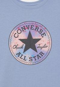 Converse - SHORT SLEEVE CHUCK PATCH  - Freizeitkleid - blue heron - 2