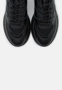 Pinko - RUBINO  - Sneakersy niskie - nero - 6