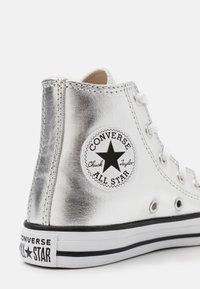 Converse - CHUCK TAYLOR ALL STAR - Zapatillas altas - metallic granite/white/black - 5