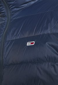 Tommy Jeans - PACKABLE LIGHT JACKET - Daunenjacke - twilight navy - 5