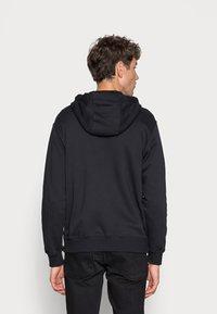 Nike Sportswear - CLUB HOODIE - Tröja med dragkedja - black/black/white - 2