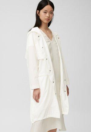 Parka - clear white