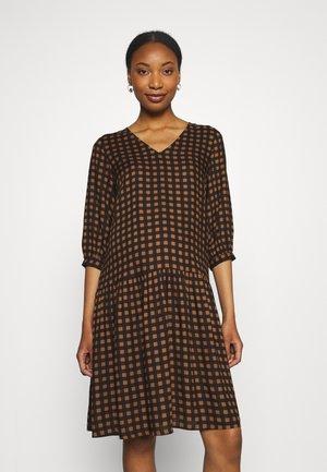 MLCHANIA DRESS - Denní šaty - black