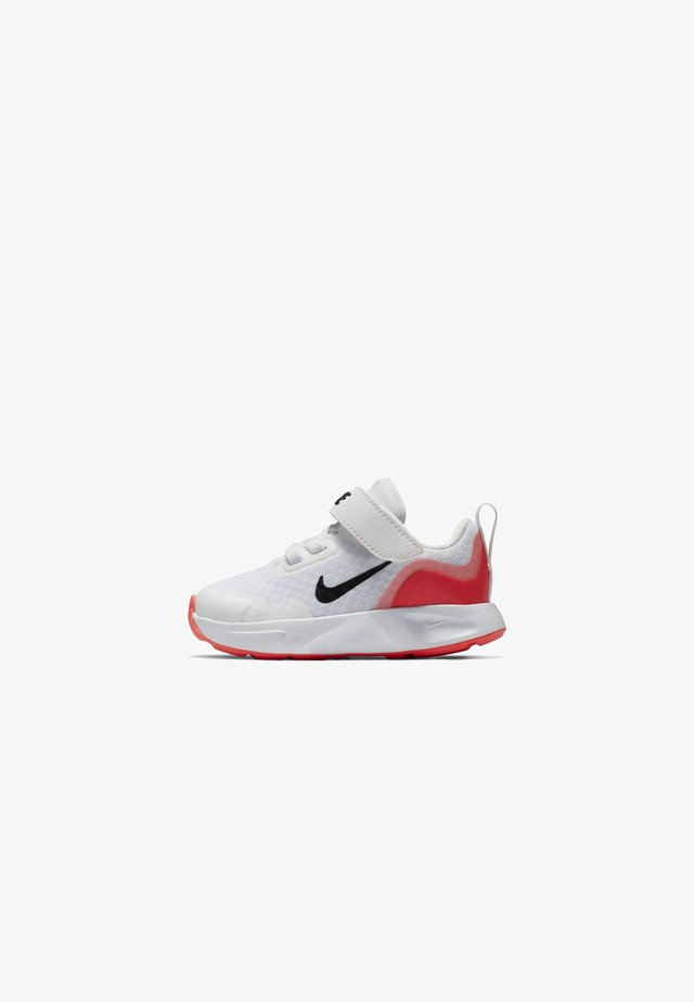 WEARALLDAY - Chaussures premiers pas - white/flash crimson/black