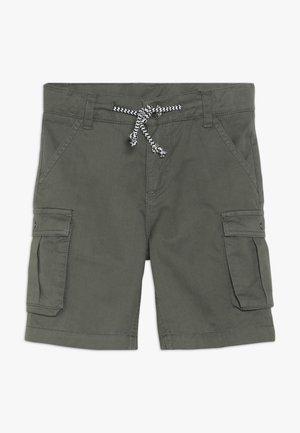 BERMUDAS BATTLE - Shorts - kaki