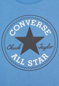 Converse - CORE CHUCK PATCH TEE  - Print T-shirt - coast - 2