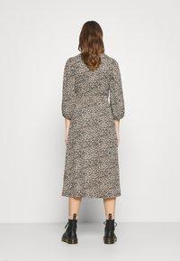 ONLY - ONLZILLE NAYA SMOCK DRESS - Korte jurk - black - 2
