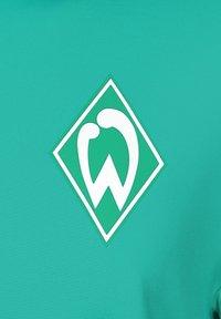 Umbro - WERDER BREMEN HALF ZIP - Sports shirt - spectra green / ice green - 2