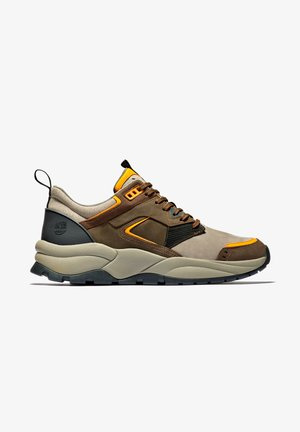 TREE RACER - Sneakers laag - dark brown nubuck