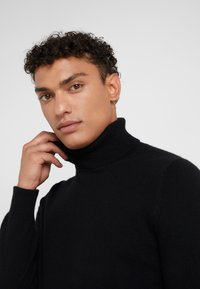 FTC Cashmere - ROLLNECK - Pullover - moonless night - 4