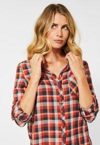 Cecil - MIT KAROMUSTER - Button-down blouse - orange - 1
