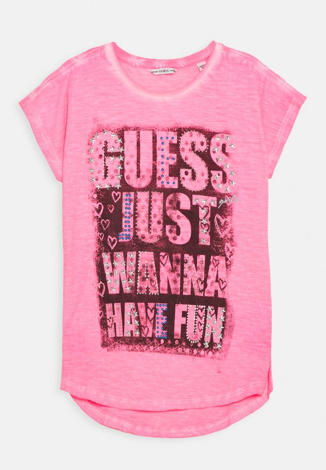 JUNIOR HIGH LOW - T-shirt con stampa - pop pink
