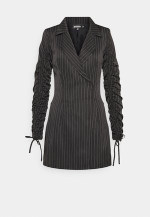 RUCHED SLEEVE BLAZER DRESS PINSTRIPE - Vestido informal - black