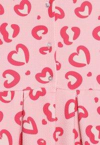 Friboo - Jerseyjurk - powder pink - 4
