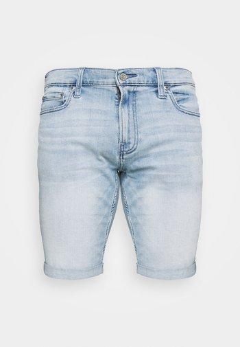 Jeansshorts - light dremmel hit