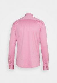 Eton - SLIM SHIRT - Overhemd - pink/red - 1