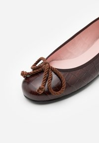 Pretty Ballerinas - TEMPO - Ballet pumps - brown - 4