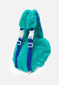 Sunnylife - DINO KIDS PLUSH BACKPACK - Batoh - blue - 4