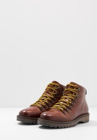 Shoe The Bear - LAWRENCE - Lace-up ankle boots - tan - 2