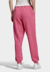 adidas Originals - CUFFED  - Pantalones deportivos - sesopk - 1