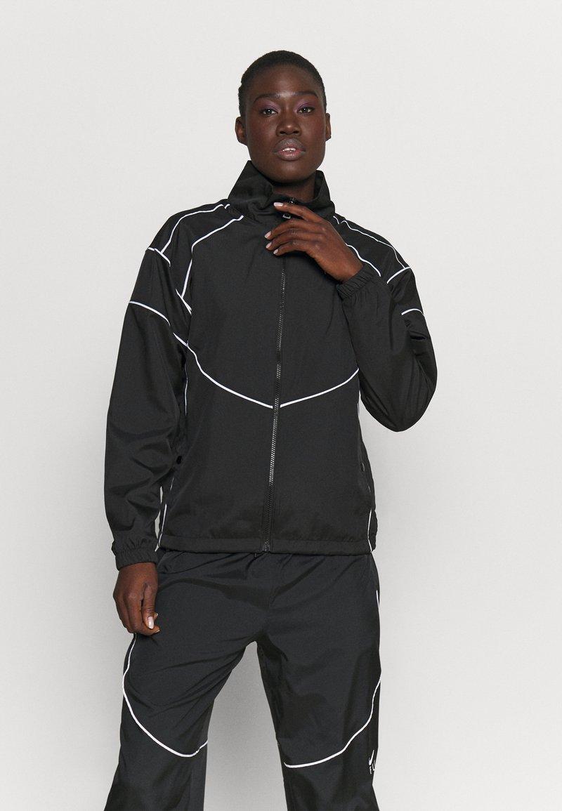 Nike Performance - FLY JACKET - Chaqueta de entrenamiento - black/white