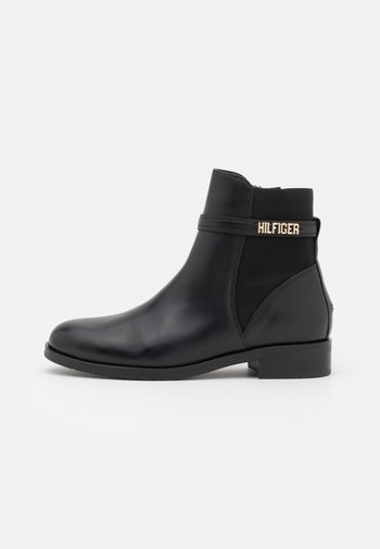 BLOCK BRANDING FLAT BOOT - Classic ankle boots - black