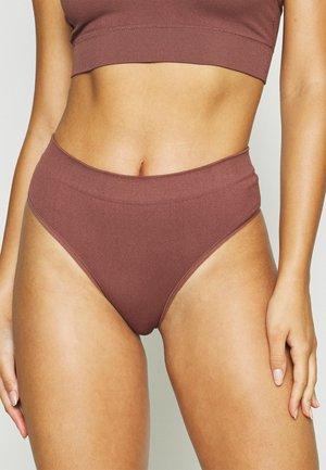 SEAMLESS HIGH - Briefs - brown