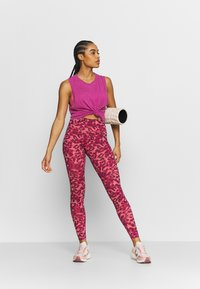 Cotton On Body - ALL THINGS FABULOUS CROPPED MUSCLE TANK - Top - boysenberry washed - 1