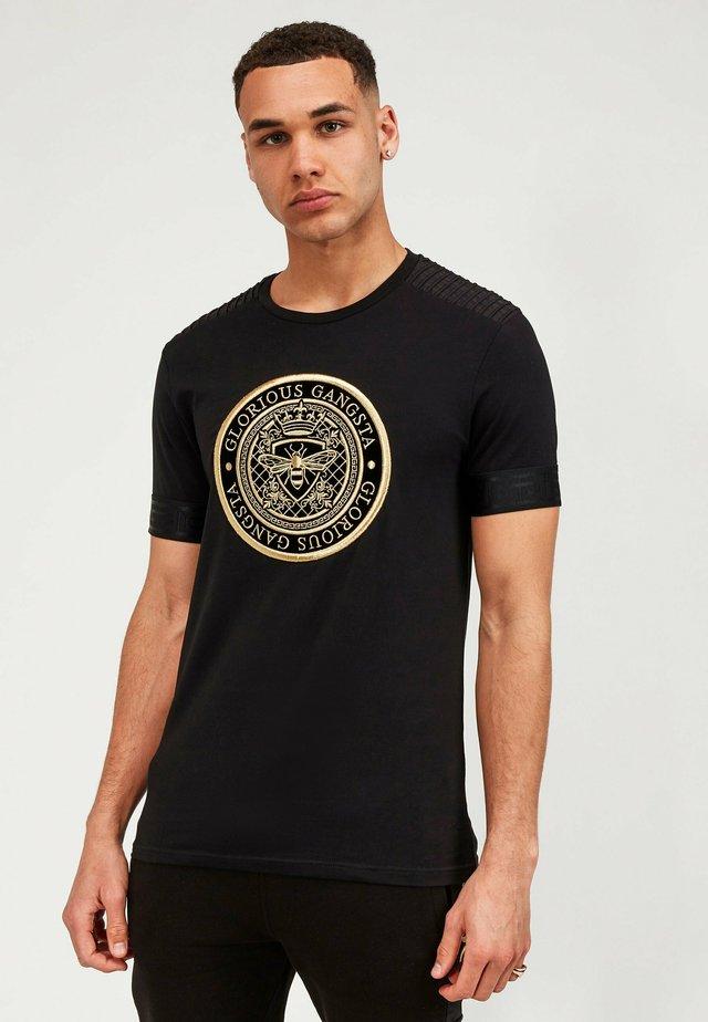GUSTAV TEE - T-shirt con stampa - black/red