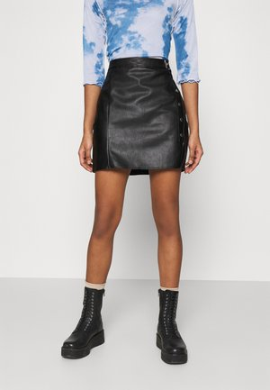 STUD SPLIT SKIRT - Mini skirt - black