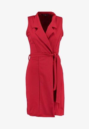 SLEEVELESS BLAZER DRESS - Etuikjole - poppy red