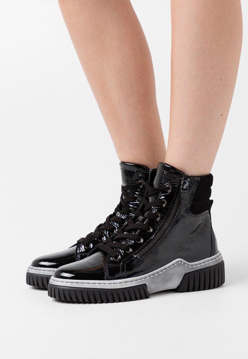 Gabor - Platform ankle boots - schwarz