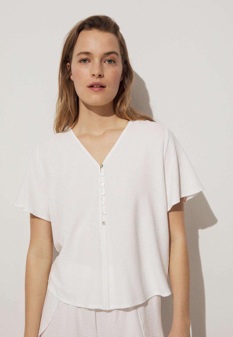 OYSHO - SHORT SLEEVE - Blouse - white