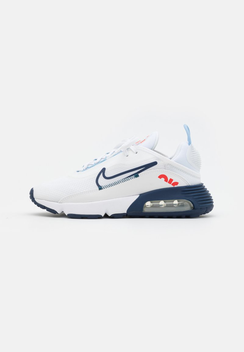 Nike Sportswear - AIR MAX 2090 UNISEX - Trainers - white/chile red/midnight navy