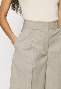 ARKET - Shorts - oat melange - 3