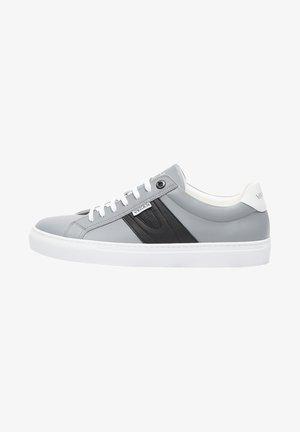 NOVARA - Sneakers laag - grey