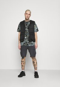Only & Sons - ONSMELODY LIFE TEE - Print T-shirt - black - 1