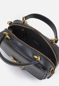Pinko - LOVE MINI SQUARE SIMPLY ANTIQUE - Across body bag - black - 2