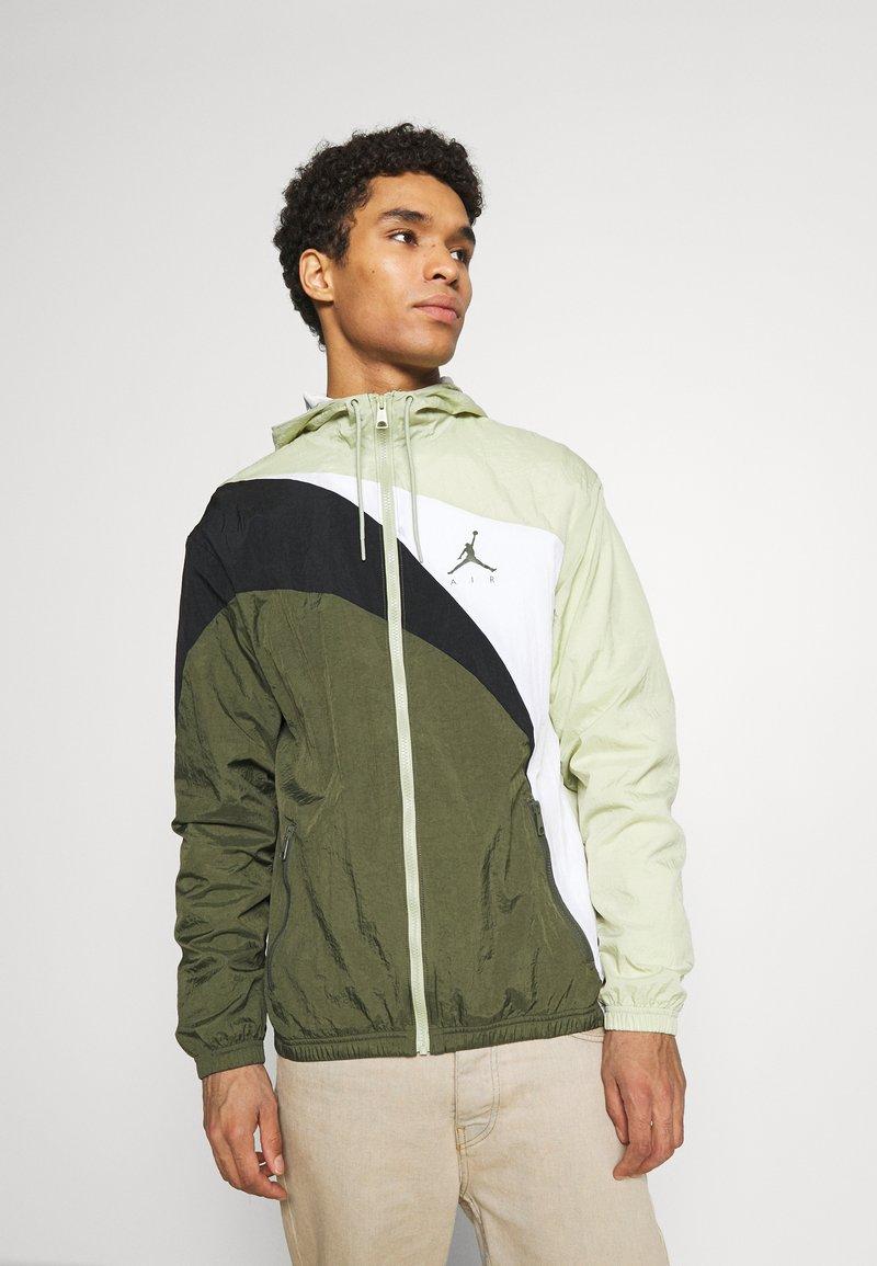 Jordan - JUMPMAN  - Training jacket - celadon/cargo khaki/white/black