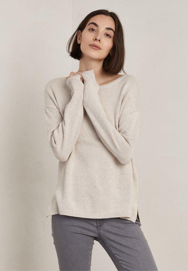 DEMI - Pullover - pearl bleach