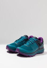 Salomon - TRAILSTER GTX - Trail running shoes - deep lagoon/navy blazer/purple magic - 2