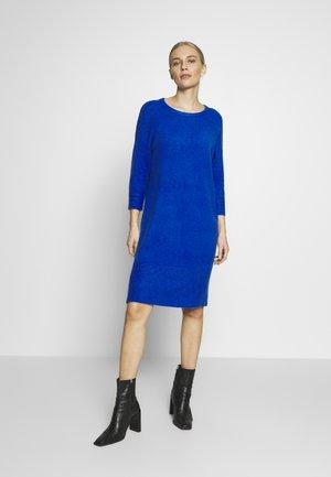 Pletené šaty - royal blue