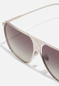 Burberry - UNISEX - Sluneční brýle - silver-coloured - 4