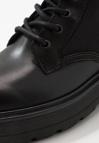 Tommy Jeans - FLATFORM BOOT - Platform ankle boots - black - 2