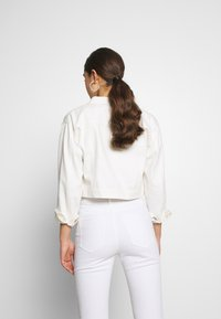 Nly by Nelly - CROPPED TRUCKER JACKET - Denim jacket - white - 2