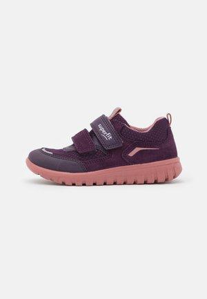 SPORT7 MINI - Sneaker low - lila/rosa
