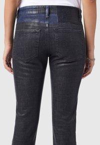Diesel - D-LYLA - Slim fit jeans - black/dark grey - 5