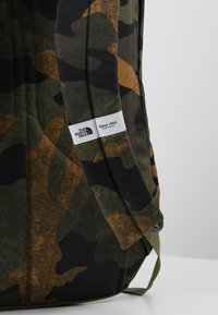 The North Face - RODEY - Rucksack - burnt olive - 6