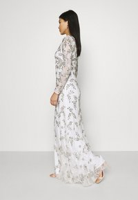 Maya Deluxe - ALL OVER FLORAL DRESS - Occasion wear - ivory - 4
