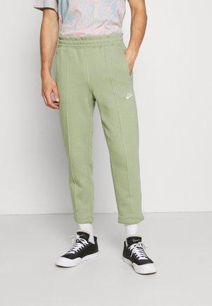 PANT  - Spodnie treningowe - oil green